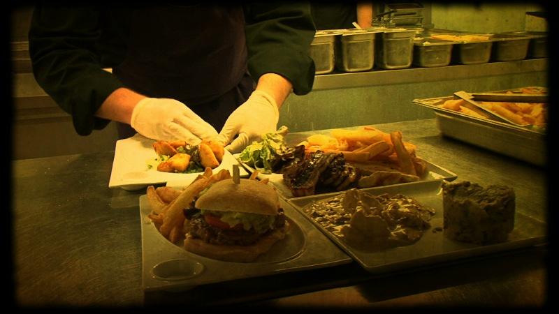 Restaurant la baie des corsaires avignon en vid o hotelrestovisio france - L amuse bouche avignon ...
