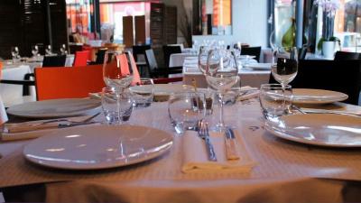 Restaurant la table du march couvert bergerac en vid o hotelrestovisio france - La table du marche bergerac ...