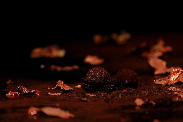 chocolates-563388_640