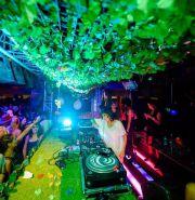 Dîners & clubbing