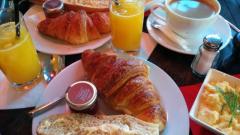 Café Latéral à Paris