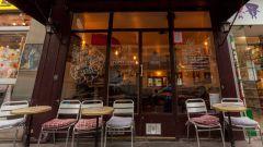 Au Petit Village à Paris