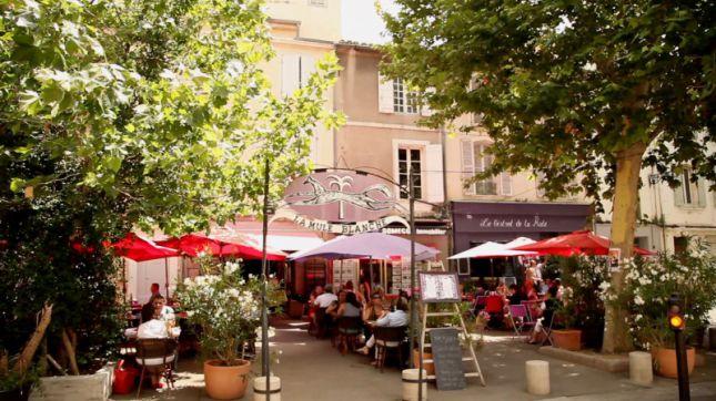 La Mule Blanche à Arles