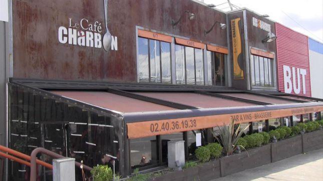 restaurant caf charbon atlantis saint herblain en vid o. Black Bedroom Furniture Sets. Home Design Ideas