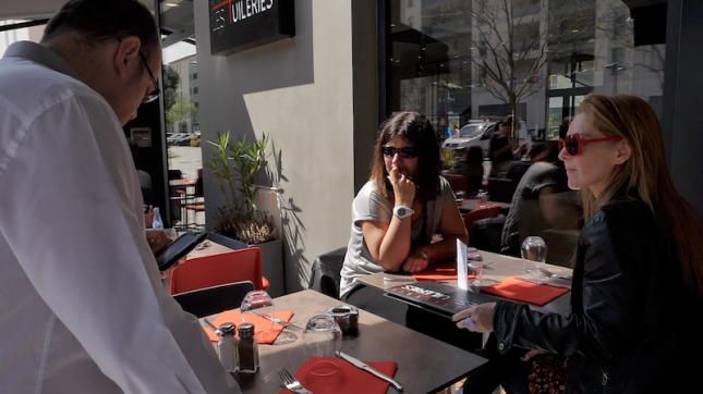 Restaurant brasserie les tuileries tassin la demi lune en vid o - Le comptoir des tuileries ...