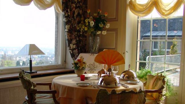 restaurant l 39 horizon thionville hotelrestovisio. Black Bedroom Furniture Sets. Home Design Ideas