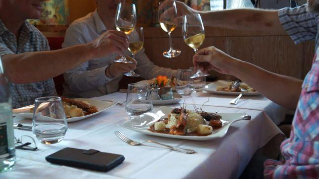 Restaurant louis xiii strasbourg en vid o hotelrestovisio - La table de louise strasbourg ...
