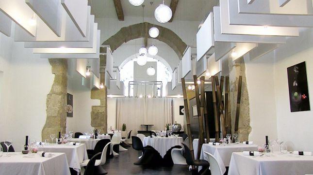 Restaurant la table saint crescent narbonne en vid o - La table saint crescent narbonne ...