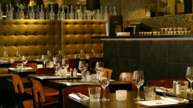Des Gars dans la Cuisine à Paris