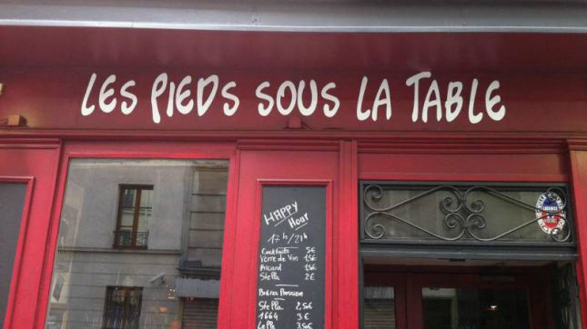 Les Pieds Sous la Table à Paris