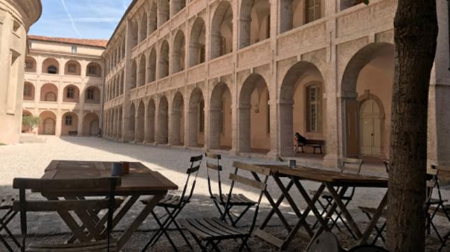 Cafe de la Vieille Charite à Marseille