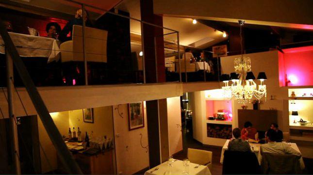restaurant l 39 appart m rignac en vid o hotelrestovisio. Black Bedroom Furniture Sets. Home Design Ideas