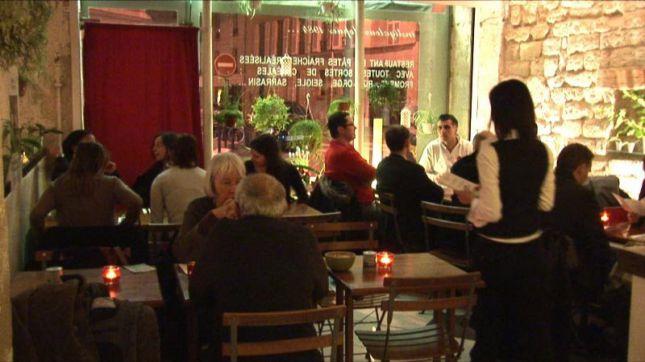 Restaurant jardin des p tes paris en vid o hotelrestovisio for Restaurant paris jardin