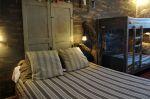 Chambre quadruple avec sanitaires et wc communs-occupation 1 à 4 personnes