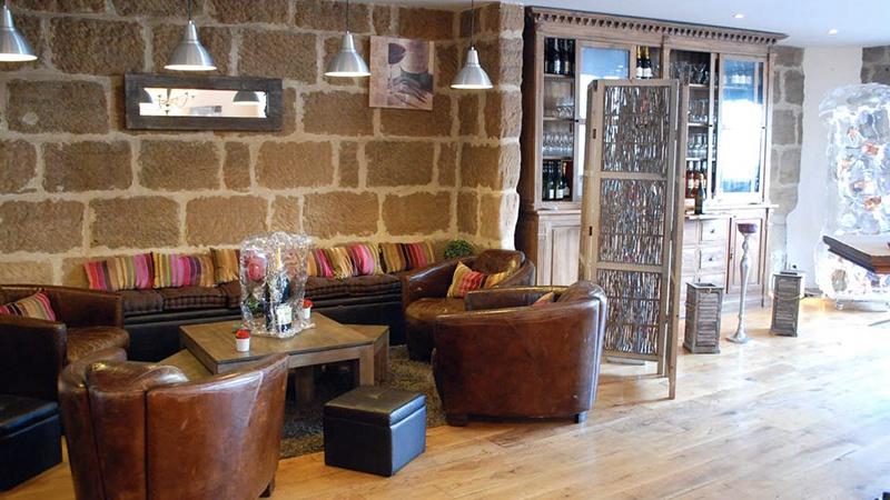 restaurant en cuisine brive la gaillarde hotelrestovisio. Black Bedroom Furniture Sets. Home Design Ideas