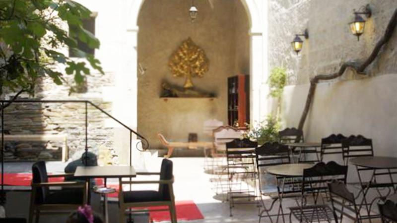 restaurant thai l 39 inde angers hotelrestovisio. Black Bedroom Furniture Sets. Home Design Ideas
