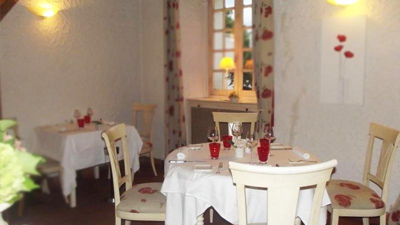 restaurant auberge de la roche saint jean de lini res. Black Bedroom Furniture Sets. Home Design Ideas