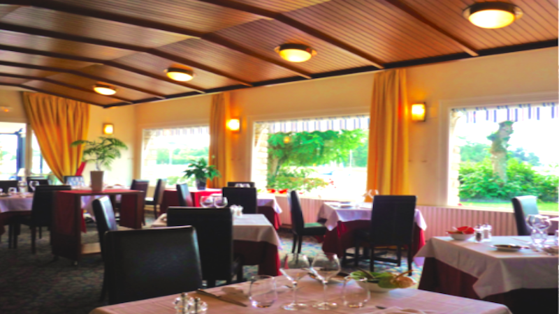 restaurant le roof vannes hotelrestovisio france. Black Bedroom Furniture Sets. Home Design Ideas
