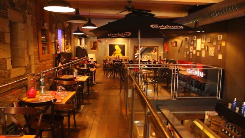 Café Du Commerce Nantes Myminutetrip