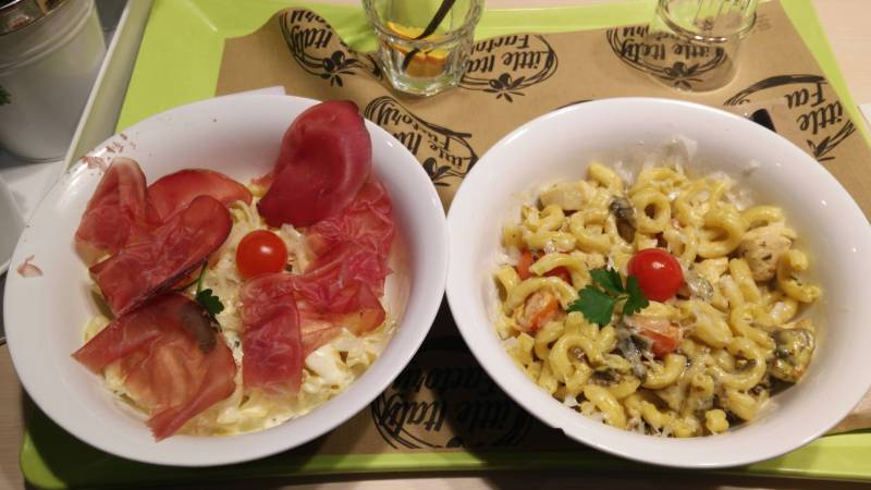 Restaurant Little Italy Factory à Saint-Maximin