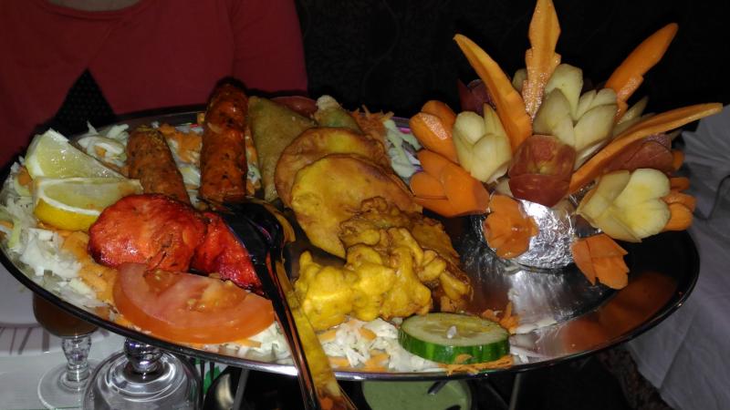 Restaurant le jardin du kashmir angoul me hotelrestovisio for Restaurant le jardin 95