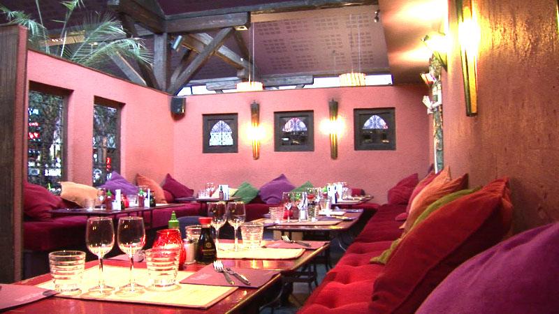 restaurant rouge tendance lyon hotelrestovisio. Black Bedroom Furniture Sets. Home Design Ideas