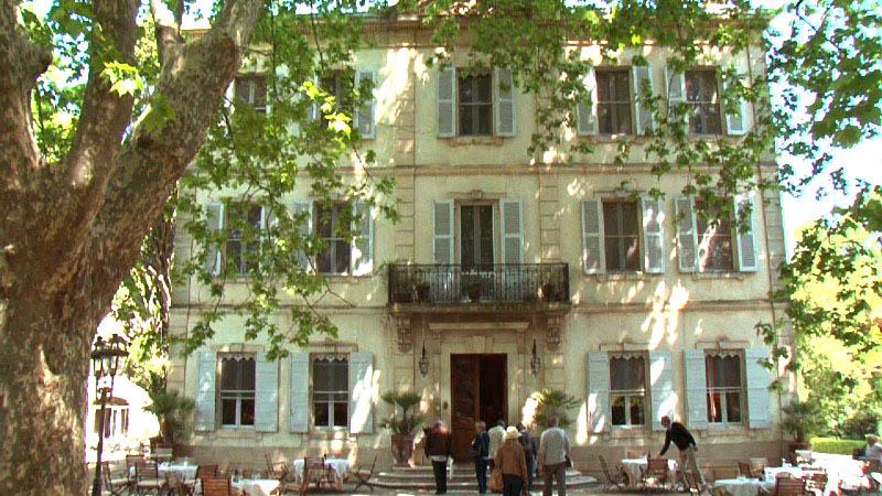 restaurant le chateau des alpilles saint r my de provence. Black Bedroom Furniture Sets. Home Design Ideas