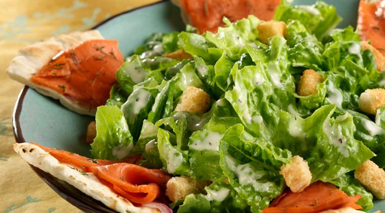 salade césar au saumon