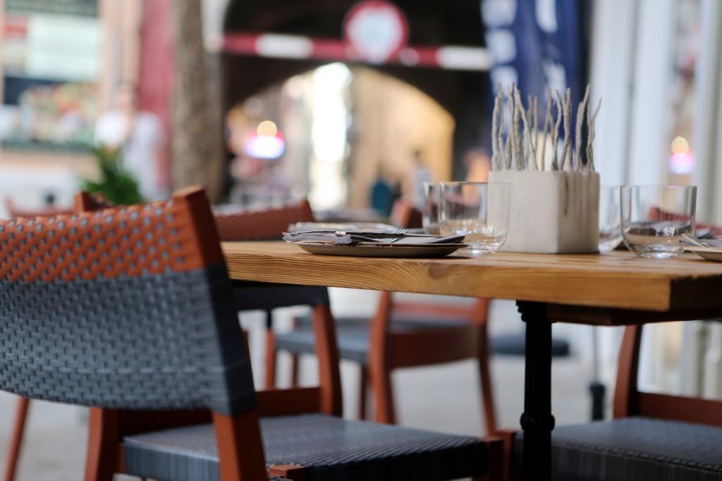restaurant-406972_1280