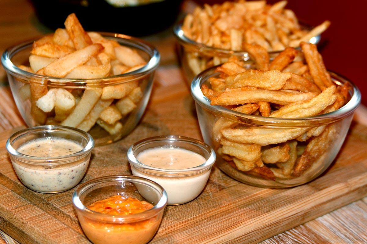 restaurant-frites-a-maman-frites-01